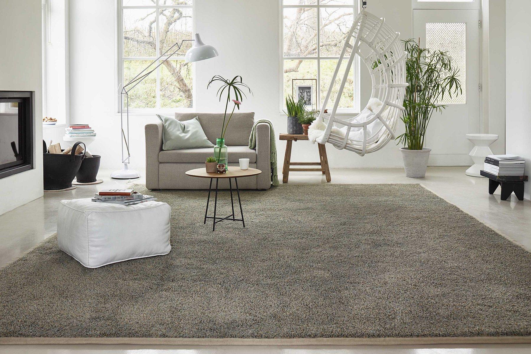 Vloerkleed In Slaapkamer : Wooninspiratie nodig tapijtnodig helpt graag een handje mee